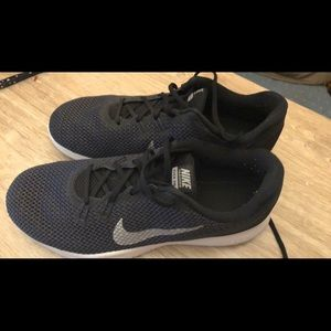 Size 8 1/2 Wide Nike trainers